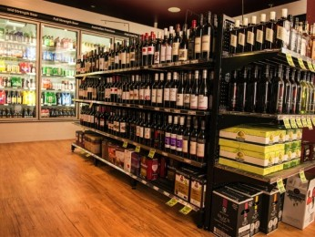 Bottle Shop – Taking $19,000pw approx. – Asking $350,000 (15294)