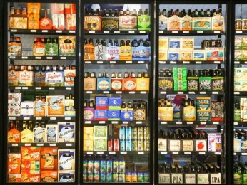 BOTTLE SHOP $118,000 (14923)