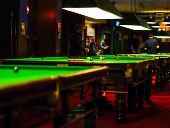 BILLIARD PARLOR / BAR - $590,000 (14191)